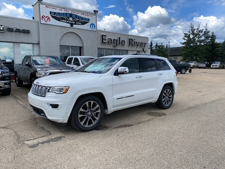 Featured Used  2017 Jeep Grand Cherokee Overland SUV for sale in Whitecourt, AB.