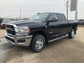 New 2019 Ram 3500 Big Horn Truck Crew Cab 3C63R3DL2KG529061 in Whitecourt, AB