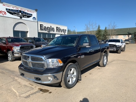 Featured Used  2017 Ram 1500 SLT Truck Crew Cab for sale in Whitecourt, AB.