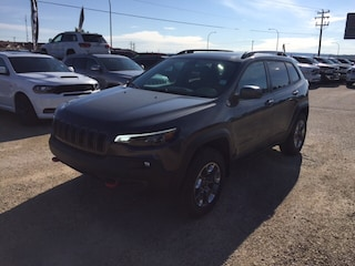 New 2019 Jeep New Cherokee Trailhawk Elite SUV 1C4PJMBN4KD224296 in Whitecourt, AB