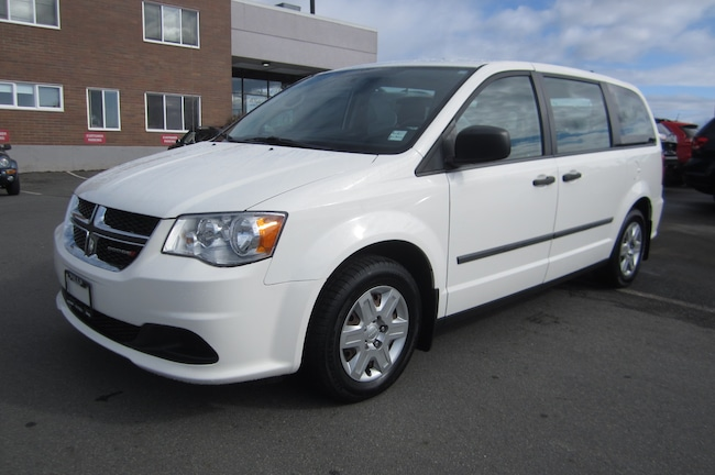 For Sale in Victoria: Pre-Owned 2011 Dodge Grand Caravan SE/SXT Used