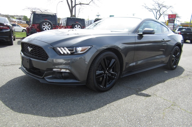 For Sale in Victoria: Pre-Owned 2017 Ford Mustang Used