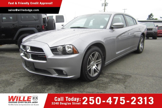 For Sale in Victoria: Pre-Owned 2014 Dodge Charger SXT Used