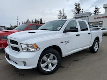 2021 Ram 1500 Classic Express 4x4 Crew Cab 5.6 ft. box 140 in. WB 3C6RR7KT9MG513401