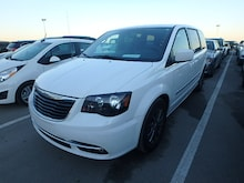 2015 Chrysler Town & Country S Van Passenger Van
