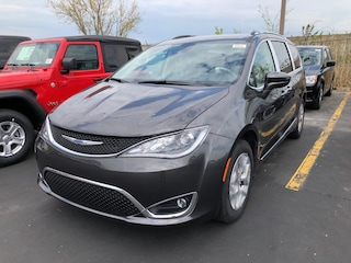 New 2019 Chrysler Pacifica Touring-L Van in Windsor, Ontario