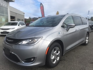 2020 Chrysler Pacifica Hybrid Touring-L with $9000 total incentives!  Van