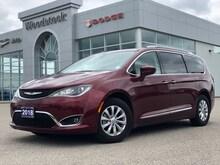 2018 Chrysler Pacifica Touring-L Plus Van Passenger Van