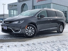 2018 Chrysler Pacifica Touring-L Plus Van Passenger Van