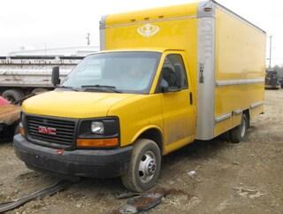 2005 GMC Savana Special Standard Truck