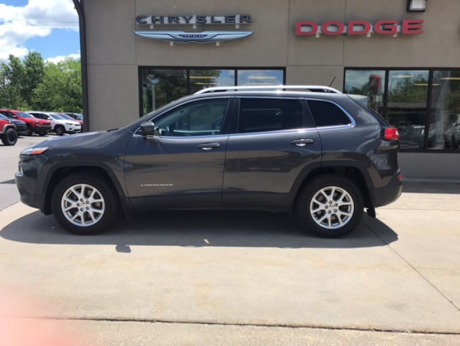 Used 2015 Jeep Cherokee Latitude 4x4 SUV for sale in Clearfield, PA
