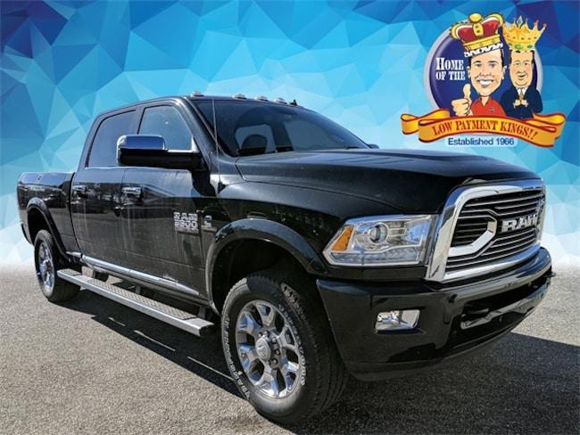 2018 Ram 3500 LIMITED CREW CAB 4X4 6'4 BOX Crew Cab