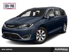 2019 Chrysler Pacifica Hybrid Hybrid Limited Van Passenger Van