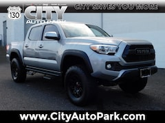 2017 Toyota Tacoma TRD Off Road TRD Off Road Double Cab 5 Bed V6 4x4 MT