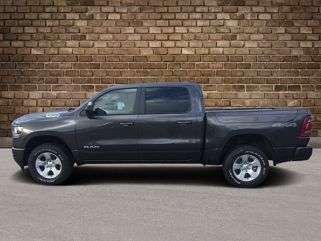 New 2019 Ram 1500 BIG HORN / LONE STAR CREW CAB 4X4 5'7 BOX Crew Cab in Hermitage