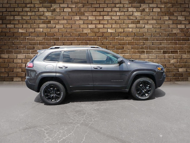 New 2019 Jeep Cherokee TRAILHAWK ELITE 4X4 Sport Utility in Hermitage