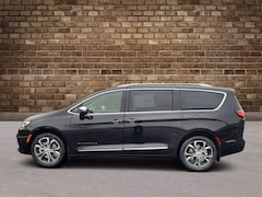 2021 Chrysler Pacifica PINNACLE AWD Passenger Van
