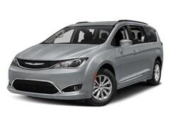 2018 Chrysler Pacifica Touring L Van
