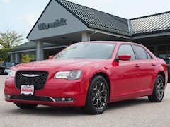 Pre-Owned Chrysler 300 For Sale in Warwick