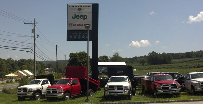 Warwick Jeep, RAM, Dodge and Chrysler Dealer   About Chrysler Jeep