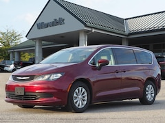 Used 2017 Chrysler Pacifica in Warwick, NY