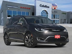 New 2018 Chrysler Pacifica LIMITED Passenger Van Corpus Christi