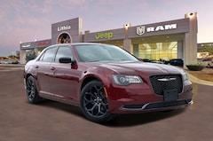 New 2020 Chrysler 300 TOURING Sedan Corpus Christi