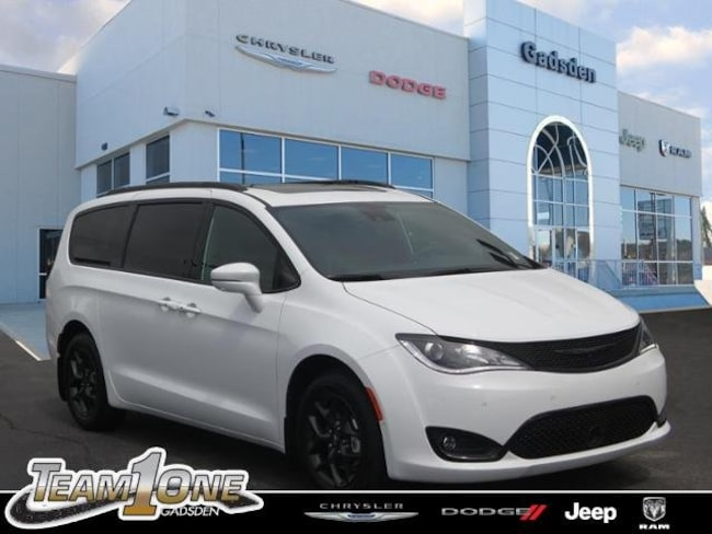 New  2018 Chrysler Pacifica LIMITED Passenger Van For Sale/Lease Gadsden, AL