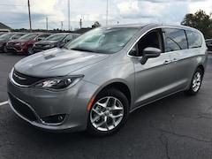 2019 Chrysler Pacifica TOURING PLUS Passenger Van Lawrenceburg, KY