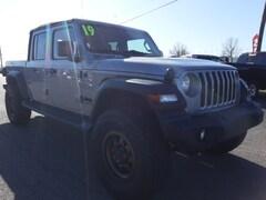 2020 Jeep Gladiator SPORT S 4X4 Crew Cab Lawrenceburg, KY