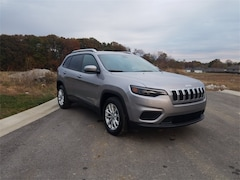 2020 Jeep Cherokee LATITUDE FWD Sport Utility Lawrenceburg, KY