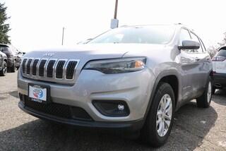 New 2019 Jeep Cherokee LATITUDE 4X4 Sport Utility 1C4PJMCB2KD282573 282573 serving Tacoma