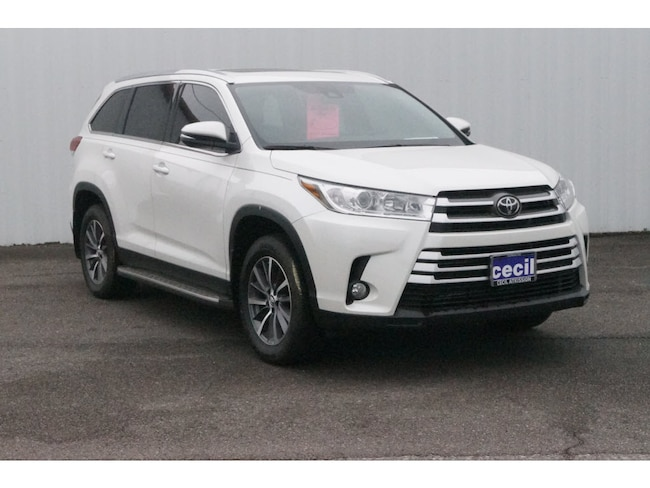 New 2019 Toyota Highlander XLE V6 SUV in Orange, TX