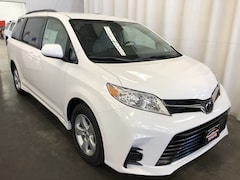 New 2019 Toyota Sienna LE 8 Passenger Van 994377 in Hiawatha, IA