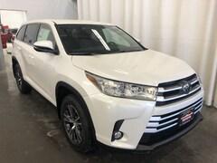 New 2019 Toyota Highlander LE Plus V6 SUV in Hiawatha, IA