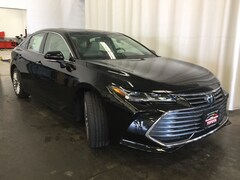 New 2019 Toyota Avalon Limited Sedan 013084 in Hiawatha, IA