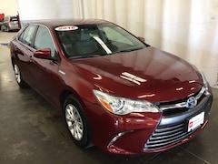 Used 2016 Toyota Camry Hybrid LE Car for sale in Hiawatha, IA