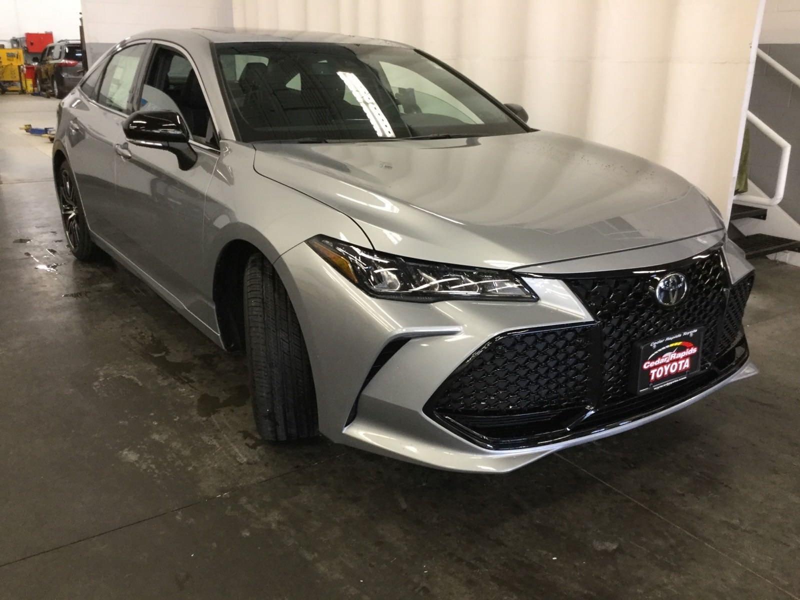 Featured New 2019 Toyota Avalon XSE Sedan in Hiawatha, IA