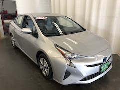 Used 2018 Toyota Prius Three Hatchback for sale in Hiawatha, IA