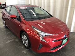 Used 2017 Toyota Prius Four Hatchback for sale in Hiawatha, IA