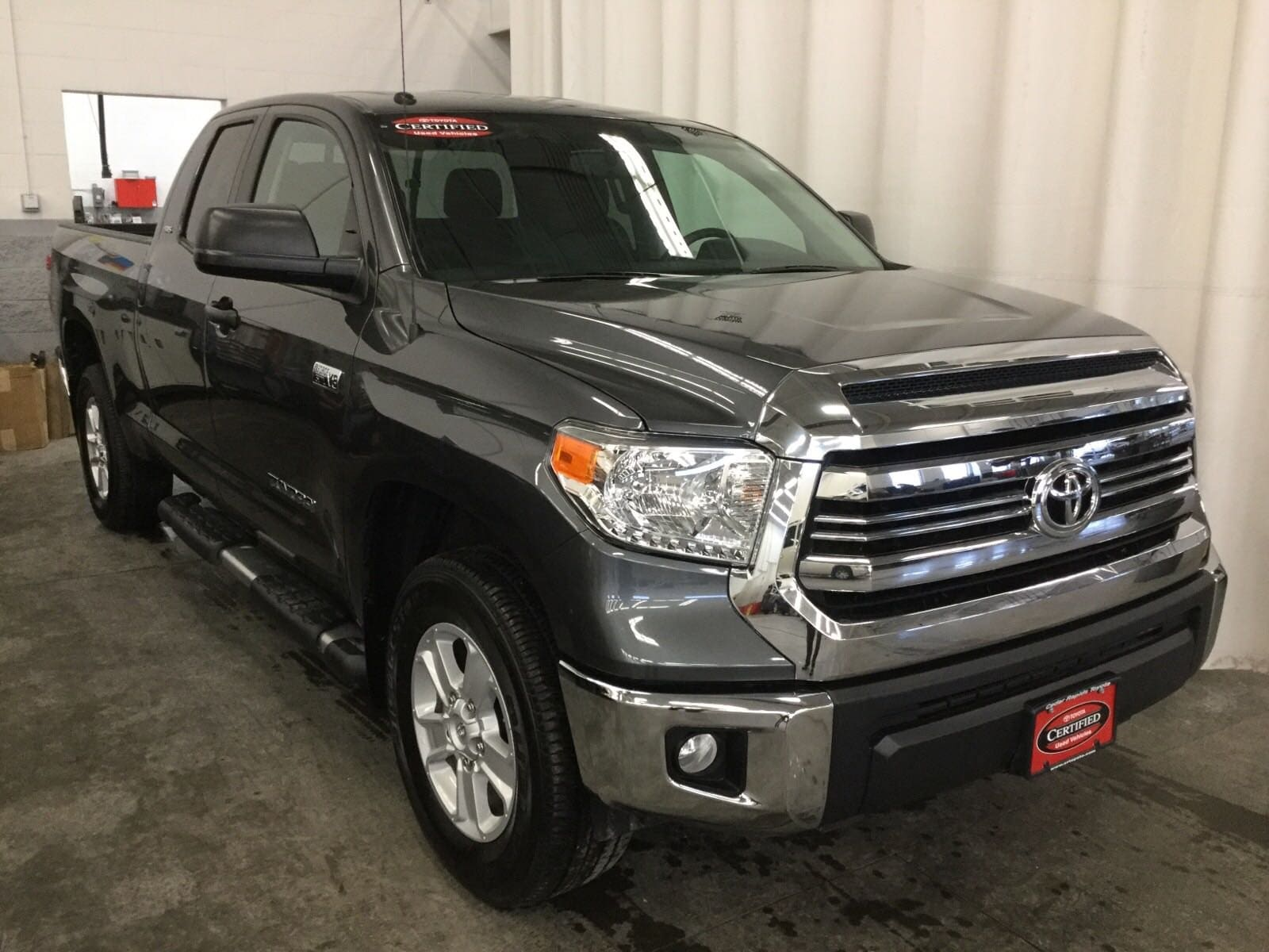 Featured Certified 2016 Toyota Tundra 4WD Truck SR5 Truck for sale near you in Hiawatha, IA