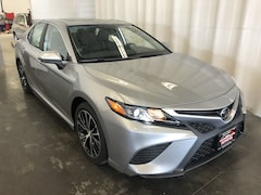 New 2019 Toyota Camry SE Sedan in Hiawatha, IA