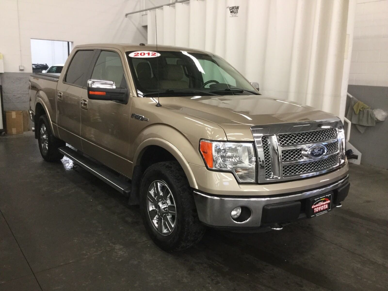 Featured Used 2012 Ford F-150 Lariat Truck for sale near you in Hiawatha, IA