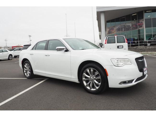 2018 Chrysler 300 Limited w/Nav Sedan