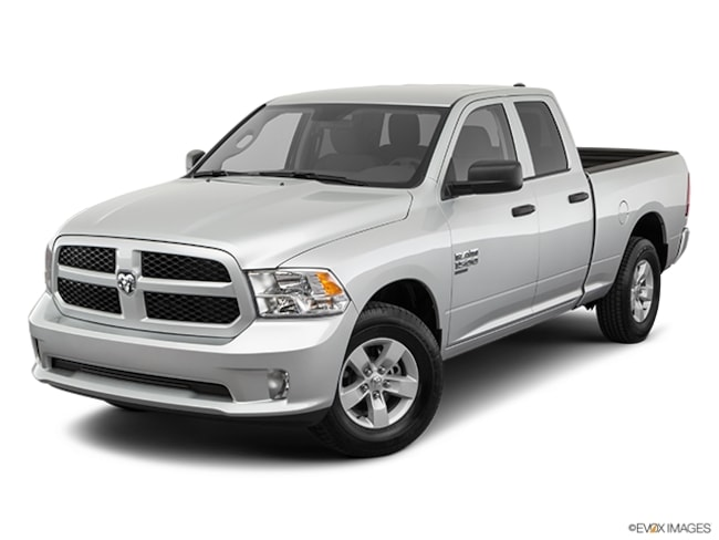 2019 Ram 1500 CLASSIC EXPRESS QUAD CAB 4X4 6'4 BOX Quad Cab for Sale in East Hanover, NJ