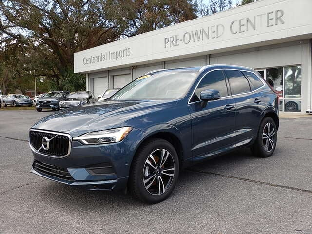Featured Used 2018 Volvo XC60 T5 AWD Momentum SUV YV4102RK1J1051262 for sale in Pensacola, FL