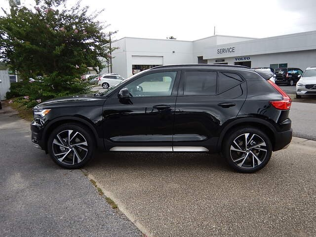 New 2019 Volvo XC40 For Sale at Centennial Imports | VIN