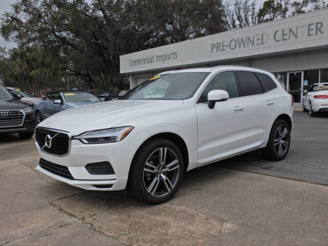 Featured Used 2018 Volvo XC60 T5 AWD Momentum SUV LYV102RK3JB069628 for sale in Pensacola, FL