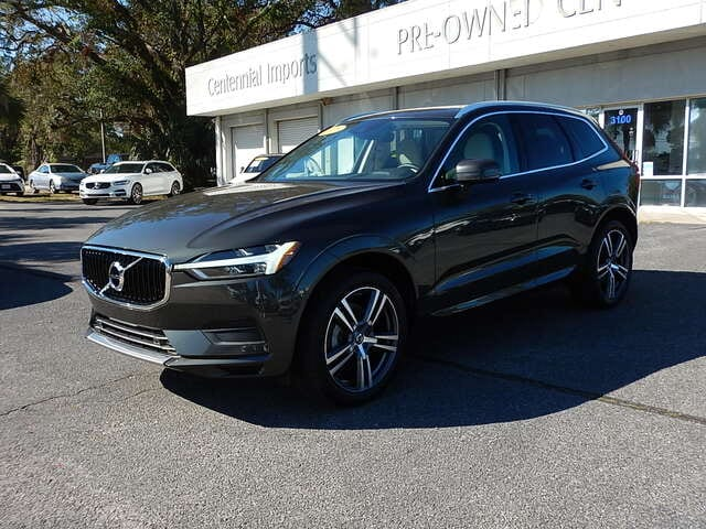 Featured Used 2018 Volvo XC60 T5 AWD Momentum SUV YV4102RK5J1070543 for sale in Pensacola, FL