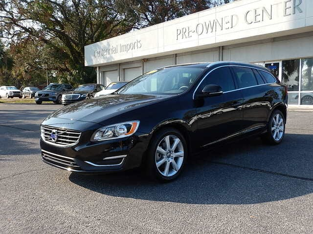 Featured Used 2017 Volvo V60 T5 Premier Wagon YV140MEK4H1360889 for sale in Pensacola, FL